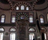 Osmanlı şaheseri Pertev Paşa Camii 437 yıldır sapasağlam ayakta