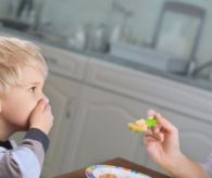 Çocuğa zorla yemek yedirirseniz…