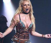 """Hackerlar Britney Spears'ı """"öldürdü"""" !"""